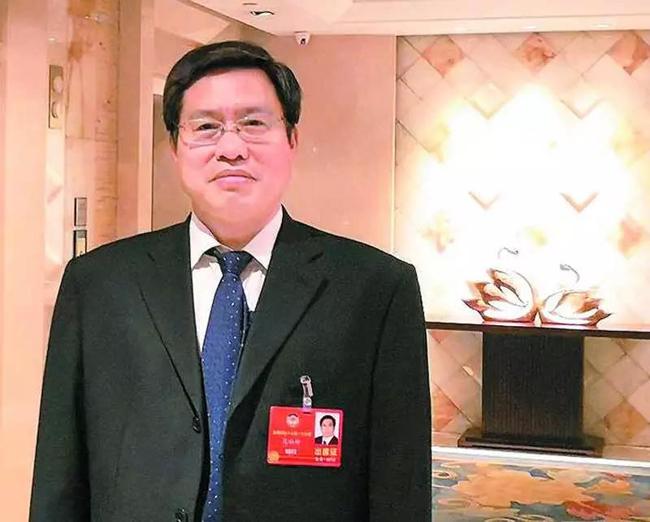 范社岭委员: 大力发展农村电商-1.jpg