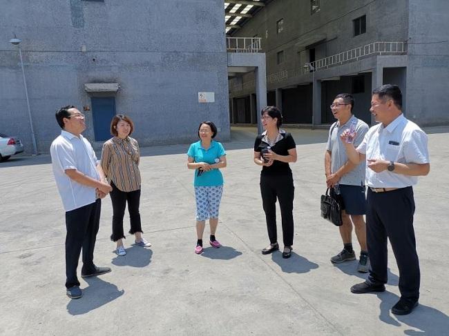 民建唐山市委主委王连灵深入会员企业调研2-1.jpg