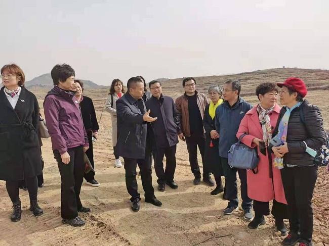 秦皇岛民建基层组织联合开展促进乡村振兴专题调研-1.jpg